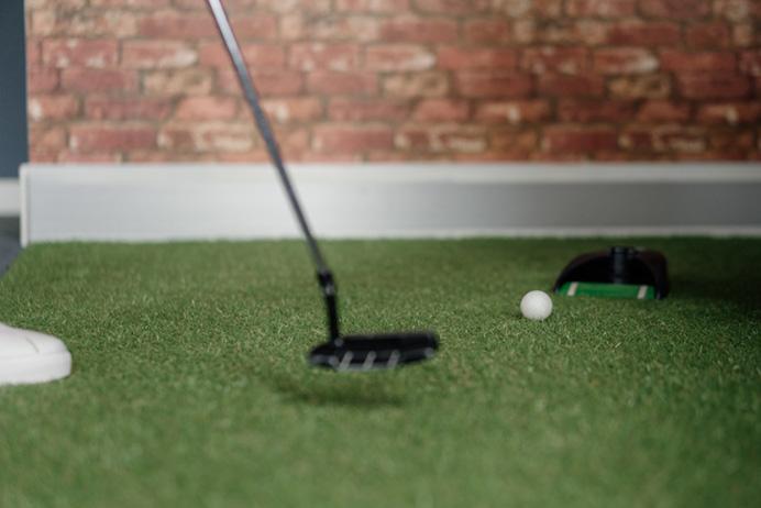 studio we are Fred Mini Golf